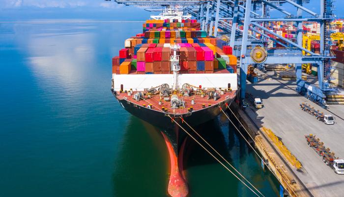 Quais impostos são devidos na importação de produtos para revenda?
